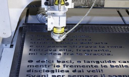Laserschnitt, Co2 Laser Schnitt, Laserschneiden, Acrylglas Laser schneiden, Kunststoff Laserschnitt, Lasergravur