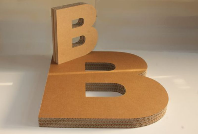 B3D-Studio: 3D Buchstaben, Buchstaben aus Wellpappe, Pappbuchstaben, Pappebuchstaben, Kartonbuchstaben