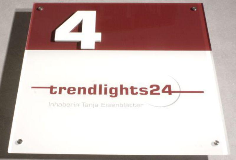 B3D-Studio: Schild, Firmenschild, Werbeschild, Plexiglas Schild, Acrylglas Schild, 3D Hausnummer, Hausnummer Schild, Werbetechnik, Fassadenschild, Außenwerbung