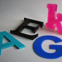 Plexiglas Buchstaben 3 mm / 8 mm / 19 mm