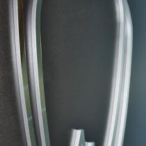 Plexiglas Zahn Symbol, Front mit Edelstahl, Seite Silber lackiert