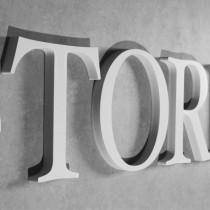 3D Buchstaben aus 30 mm starkem PVC-Hartschaum gefräst